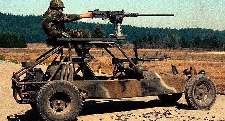 Toyota Land Cruiser, UAZ Hunter идругие армейские машины, ставшие гражданскими