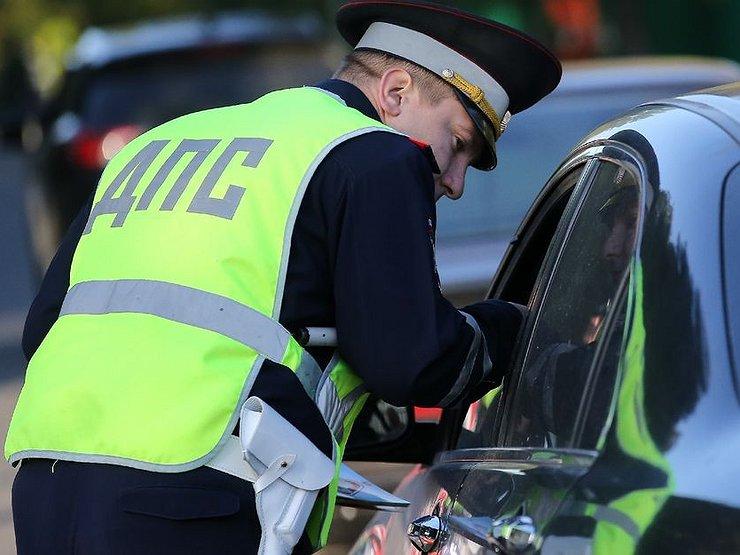 Можно ли сфоткать удостоверений полицейского во время проверки