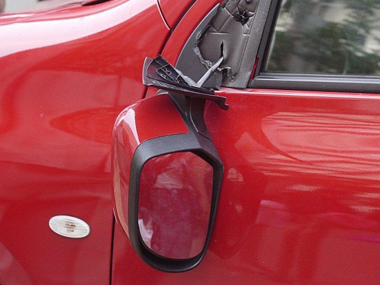 Самые хрупкие элементы в машине, которые легко ломаются одним движением