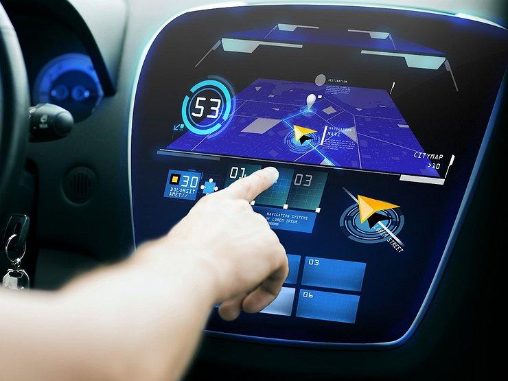 Три самых бестолковых электронных ассистента, раздражающих водителей