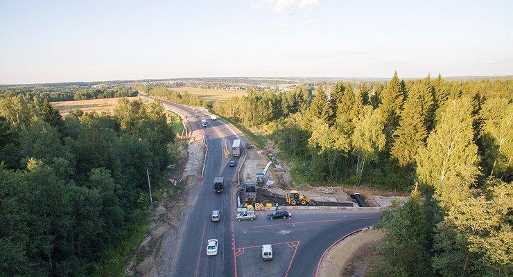 Вразгар дачного сезона Подмосковье ждут пробки из-за тотального ремонта дорог