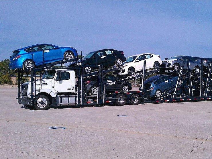 Импорт авто вРФ вырос впервый раз затри года
