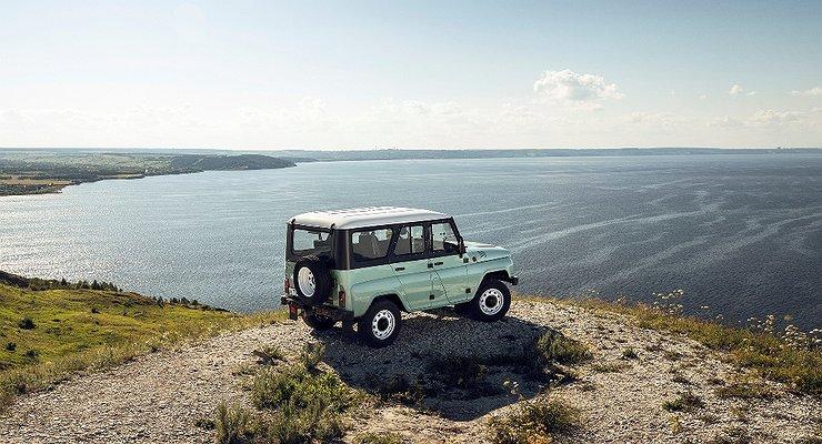 ВРоссии начались продажи нового УАЗ «Хантер»