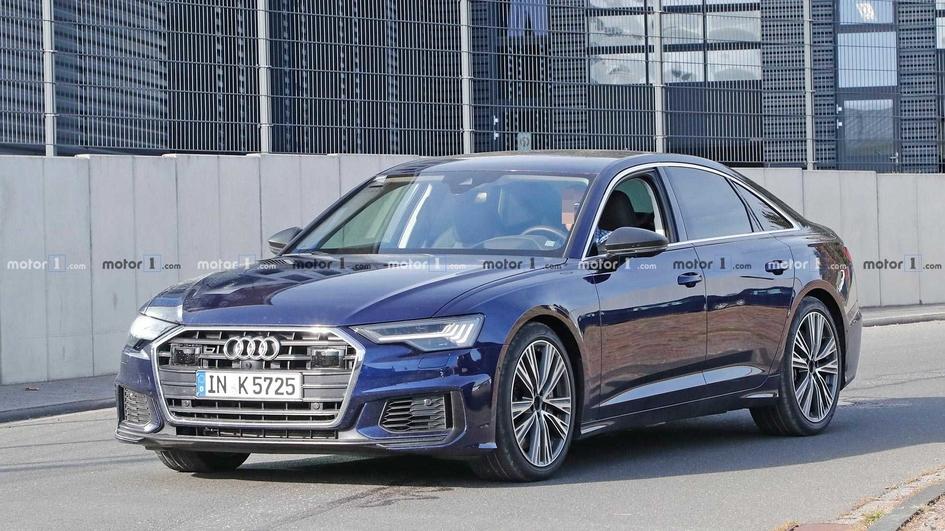 Audi представила новые купе и кабриолет TT в 2019 году