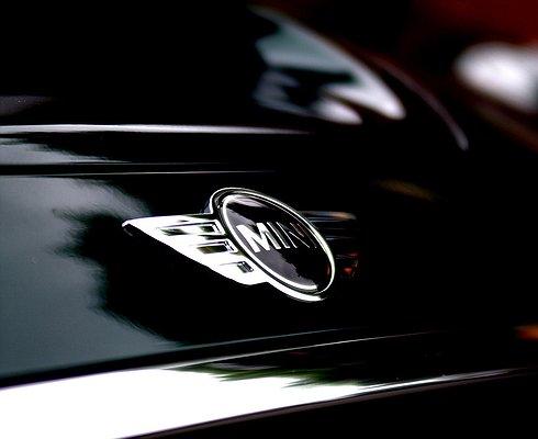 MINI выпустит свой первый серийный электромобиль