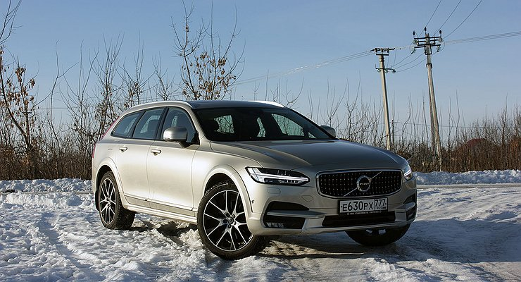 Тест-драйв Volvo V90 Cross Country: чемодан для президента
