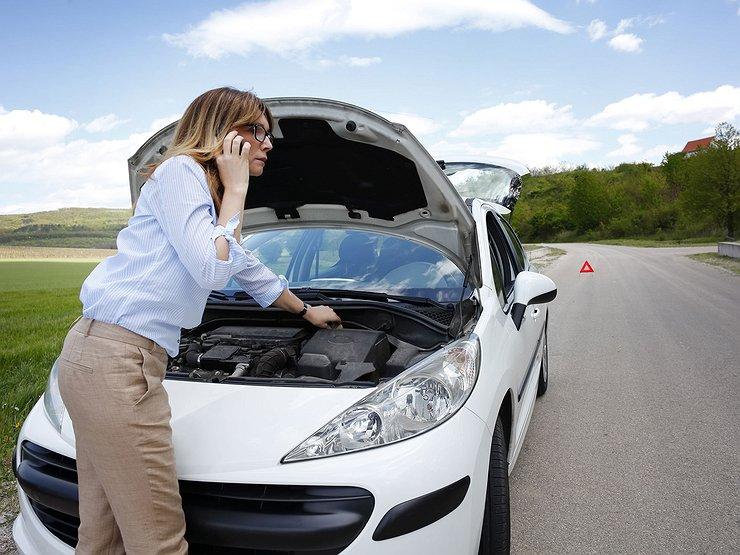 Можно ли ехать, если в дороге потек радиатор?
