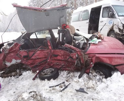 Молодые супруги погибли вДТП под Челябинском