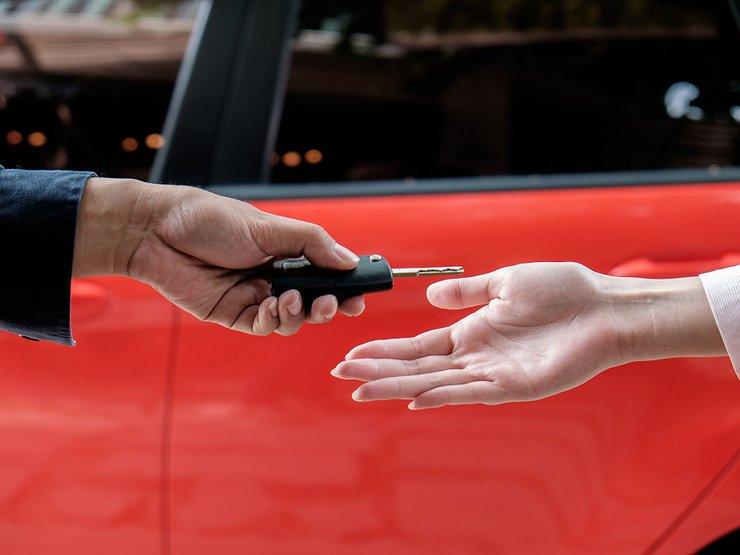 Поставил ли новый владелец машину на учет