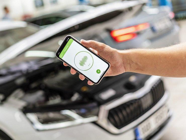АвтомобилиТехнологииSkoda научилась определять неисправности в авто через смартфон