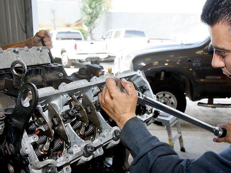 Как быстро узнать, что автомобиль пережил капремонт двигателя