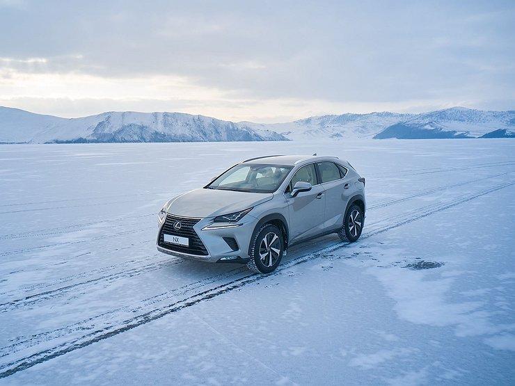 Три куплета о Lexus NX: видео тест-драйв длиною в год