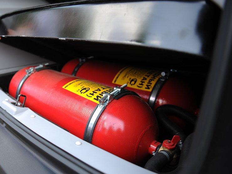 Российские водители массово отказываются от газомоторного топлива в пользу бензина