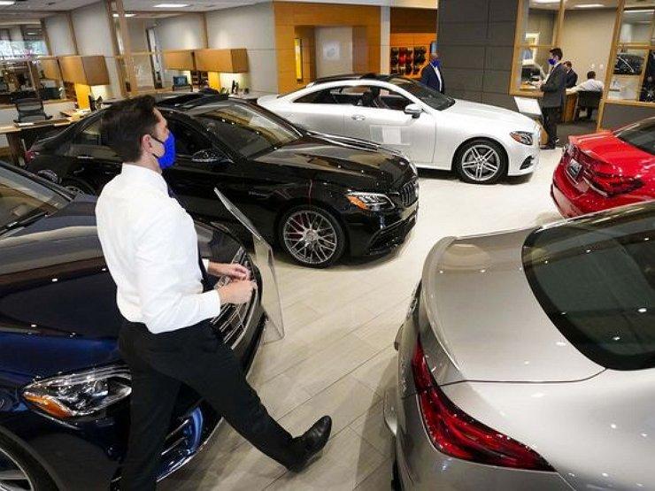 Эксперты рассказали, когда закончится дефицит и подорожание автомобилей в России
