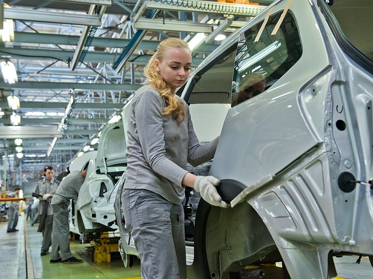 Ждем дефицита: АВТОВАЗ надолго остановил сборку LADA Granta
