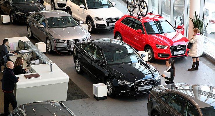 Продажи автомобилей смощными двигателями вРоссии падают