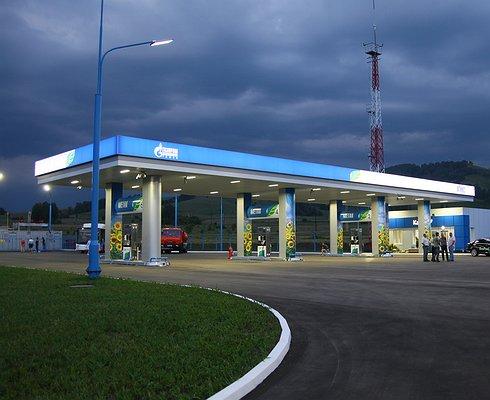 Цены набензин резко подскочили вКрыму