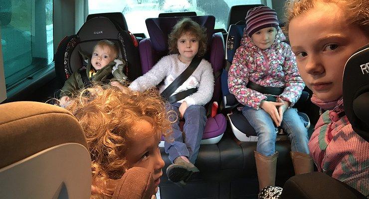 Оттрех додвенадцати: как правильно выбрать детское автомобильное кресло