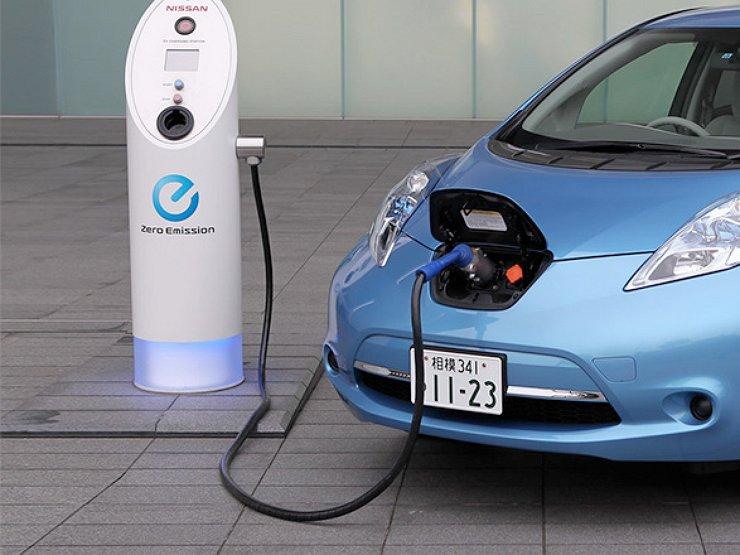 Армянские министры пересядут на электромобили