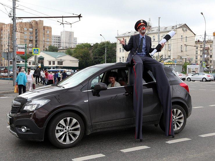 ГИБДД опять начнет проверять доверенность на машину