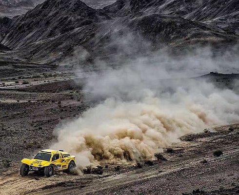 «Шелковый путь 2017»: команда Geely финишировала третьей