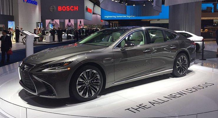 Франкфурт-2017: Lexus опять выкатил новый LS
