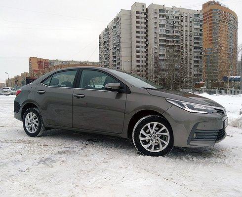 Обновленная Toyota Corolla: честно, надежно, дорого