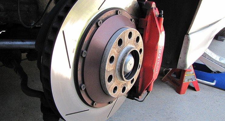 Чем опасен перегрев тормозных дисков