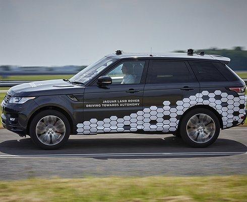 Land Rover научил Range Rover Sport ездить вбеспилотном режиме