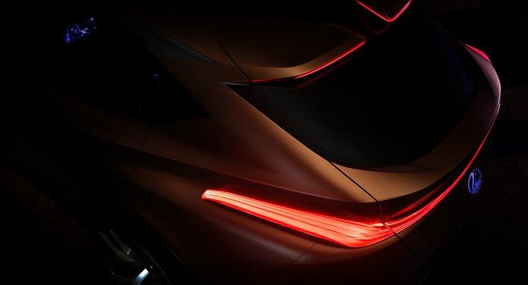 Lexus назвал сроки премьеры нового кроссовера
