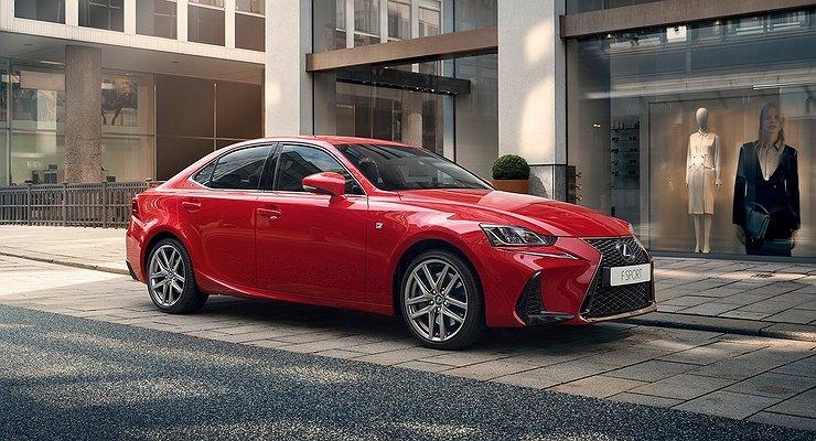 Объявлены российские цены наобновленный Lexus IS