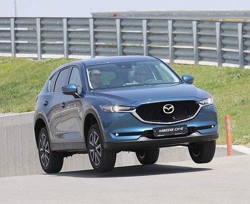 Названа цена нового поколения Mazda CX-5