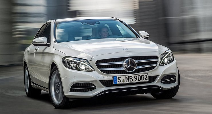 ВРоссии отзывают более 12000автомобилей Mercedes-Benz