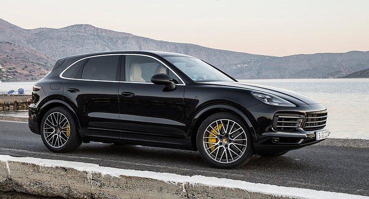 Объявлены российские цены нановый Porsche Cayenne