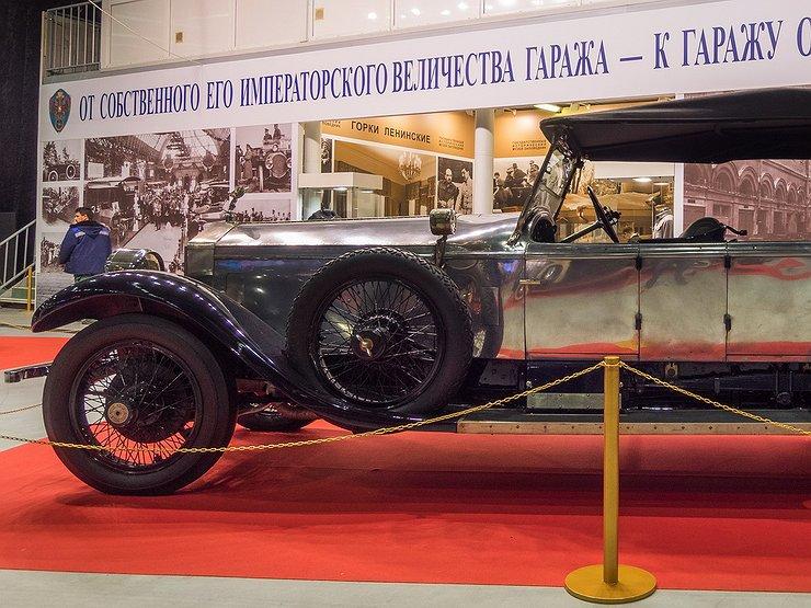 Навыставке в столице показали автомобиль НиколаяII