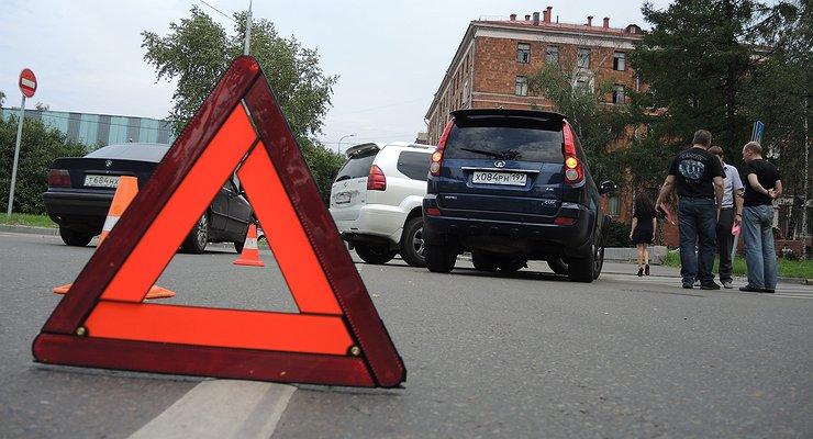 Депутат Лысаков поможет страховщикам массово «кидать» автовладельцев