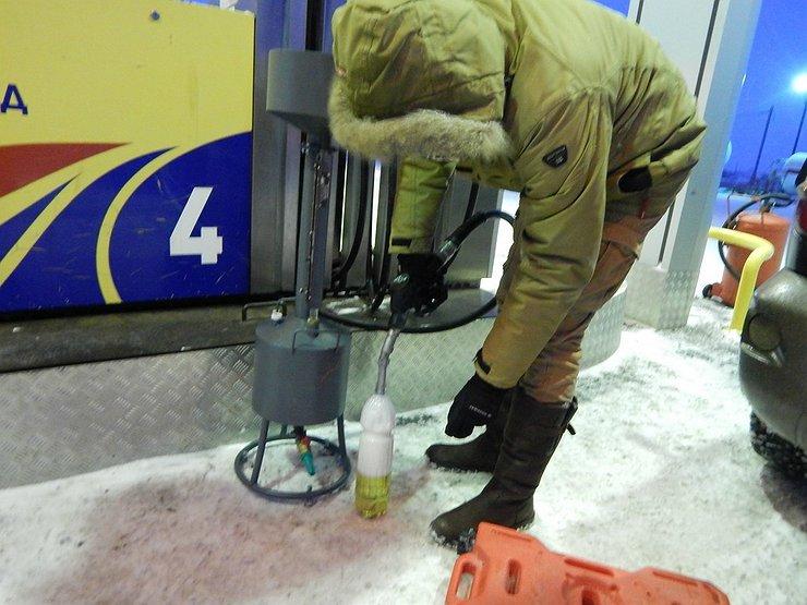Можно ли залить на АЗС бензина больше, чем оплатил