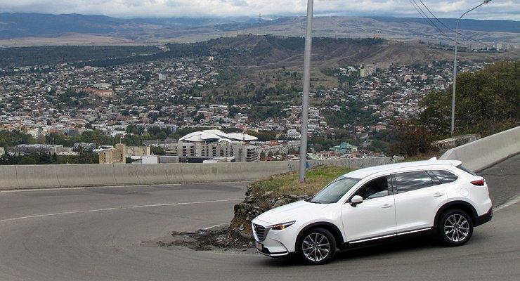 Первый видео тест-драйв новой Mazda CX-9: великолепная «девятка»