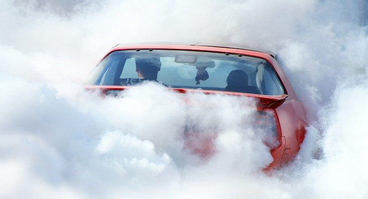 Чем опасен автомобиль курильщика вейпов