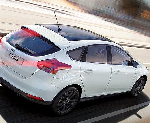 Ford Focus иFiesta новой серии White and Black поступили впродажу