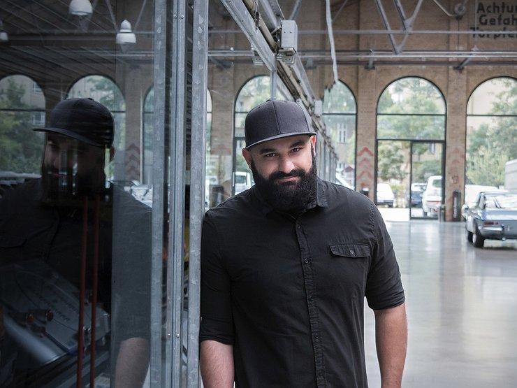 Русский дизайнер из Бугатти начал работу впремиальном бренде Genesis
