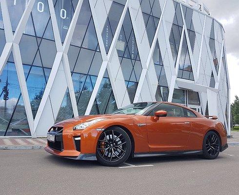 Тест-драйв Nissan GT-R: непромочи штаны