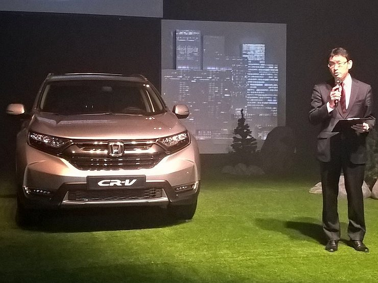 Хонда представила кроссовер CR-V 5-ого поколения