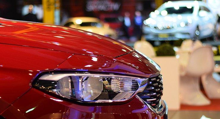 Российский рынок новых автомобилей вырос на15%