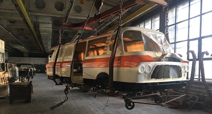Производство микроавтобуса ЗиЛ-118 «Юность» возобновлять небудут
