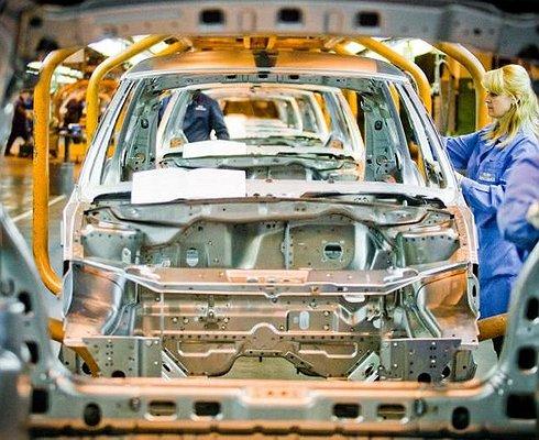 ВРоссии увеличилось производство легковых автомобилей