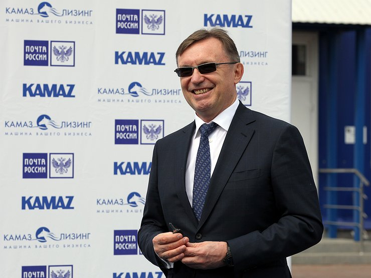 АвтомобилиАвтопромКамАЗ приступит к выпуску беспилотных грузовиков в 2025 году