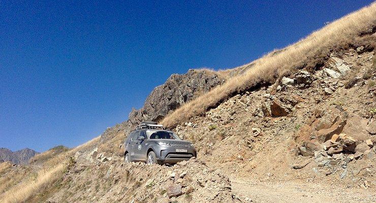 Как Land Rover Discovery 5покорял высоту в3000 м