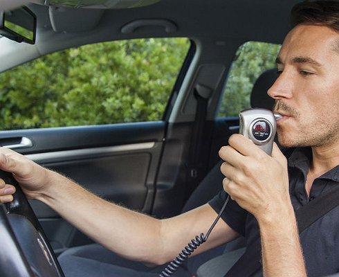 Каршеринговые автомобили оснастят алкозамками