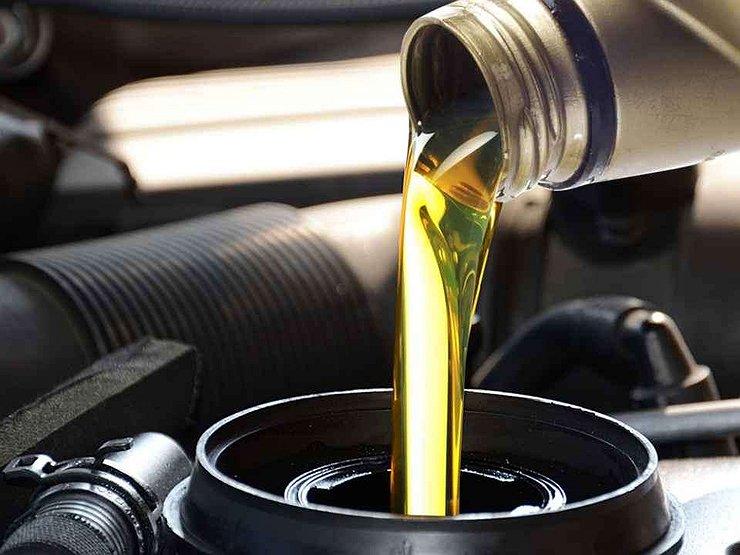 Чем опасна летняя жара для масла в двигателе